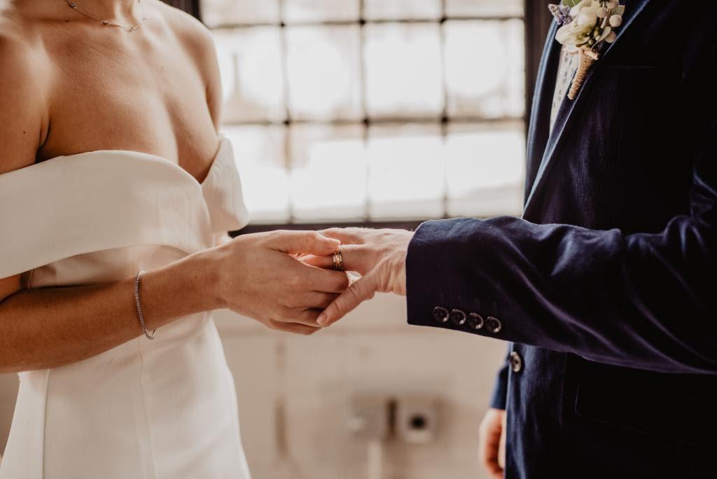 Dicas para planejar um casamento simples e barato